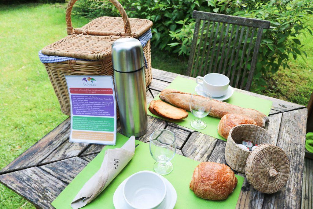 Domaine Ecotelia - Petit déjeuner - Nos aventures voyageuses