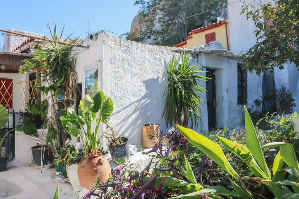 Les plus beaux quartiers d'Athènes - Anafiotika - Nos aventures voyageuses