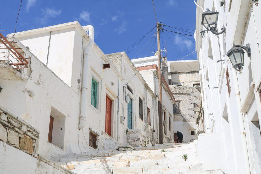 Naxos - Le village d'Apeiranthos - Nos aventures voyageuses